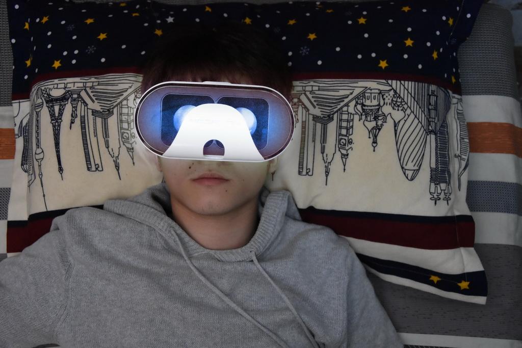 虚拟现实与游戏竞赛作品——《4·22》