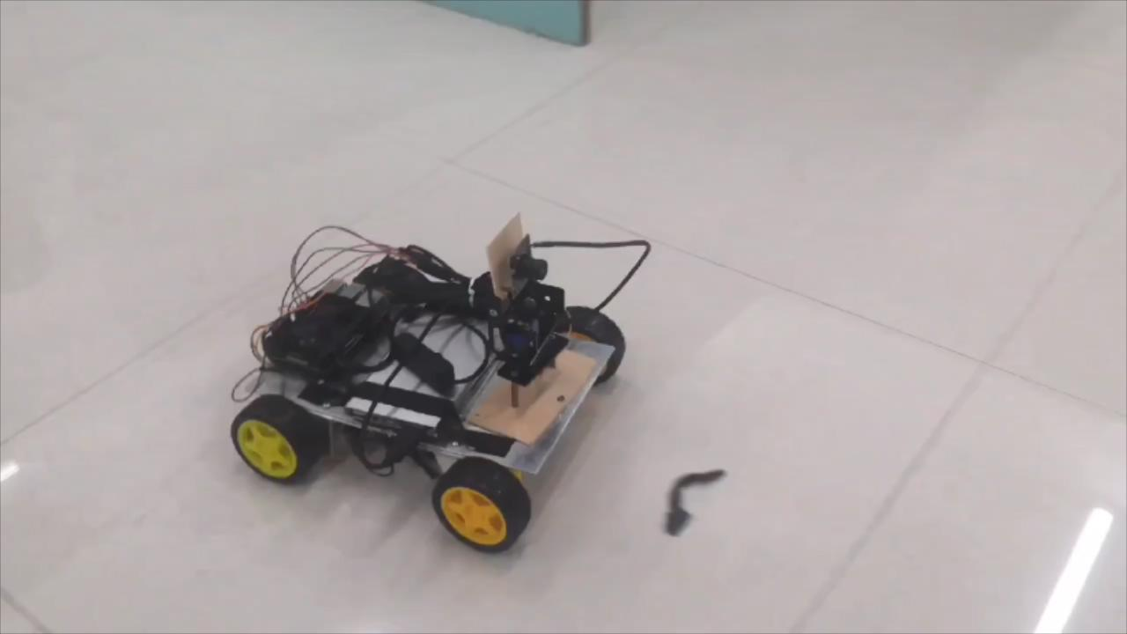 智能产品设计竞赛作品——可移动型监控无人车