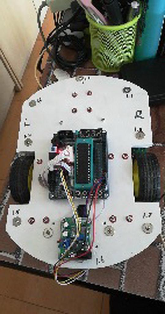智能产品设计竞赛作品——新型模块驱动智能车